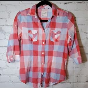 American Eagle Plaid Red & Blue Button Down Shirt